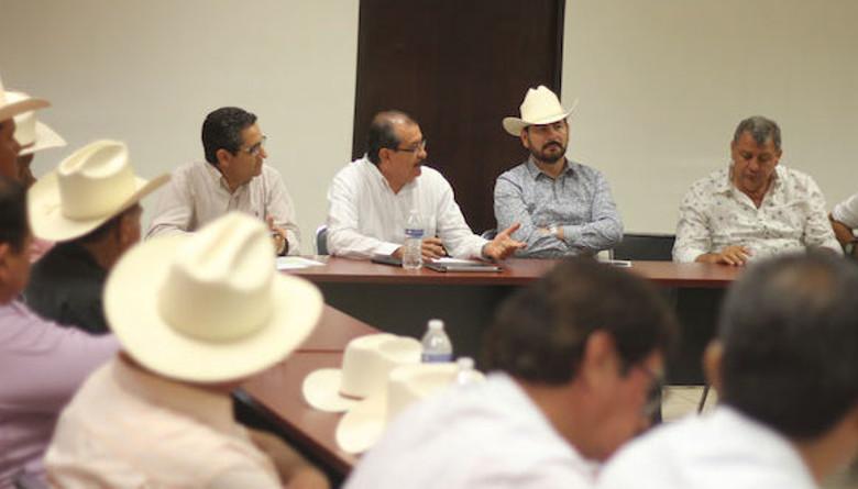 Gremio lechero mexicano espera que se cumpla anuncio de 8.20 pesos por litro